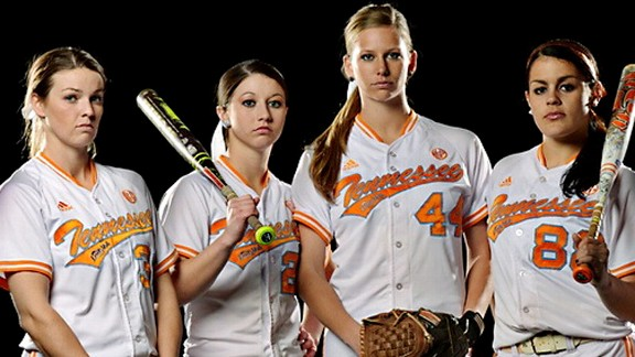Tennessee softball award winners