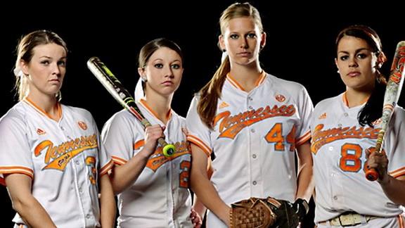 Tennessee softball award winners