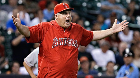 Mike Scioscia Angelinos molesto