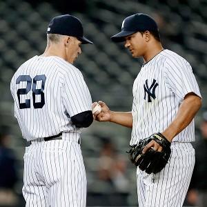 Alberto Gonzalez and Joe Girardi