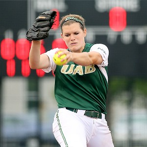 Lannah Campbell came up big for UAB, tossing a complete game in a victory against UCLA.