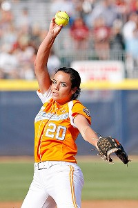 Tennessee's Ivy Renfroe got the win against Texas to put the Lady Vols into the championship series.
