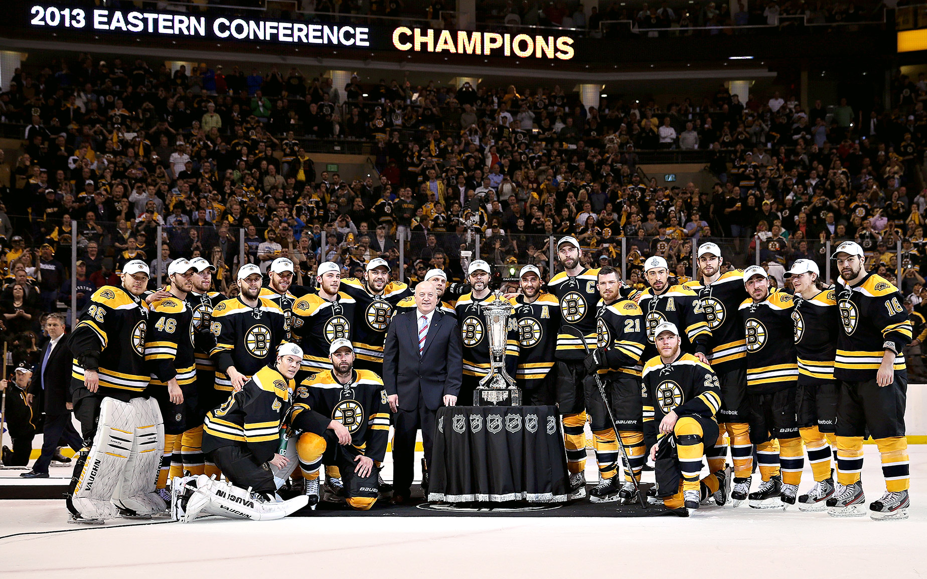 Pictures Of Boston Bruins Players Playoffs And Bear Logo