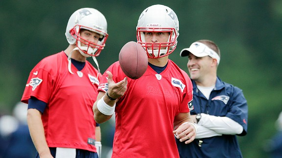 Caption this: Brady, McDaniels and Tebow
