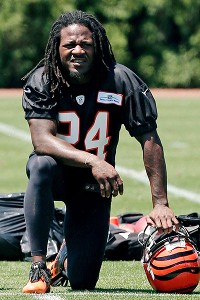Bengals cornerback Adam Pacman Jones is scheduled to talk to the NFL's rookies for the second straight year.
