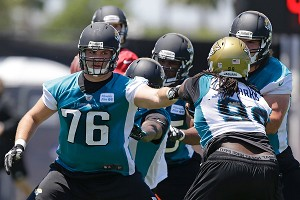 Nfl_a_joeckel_ps_300