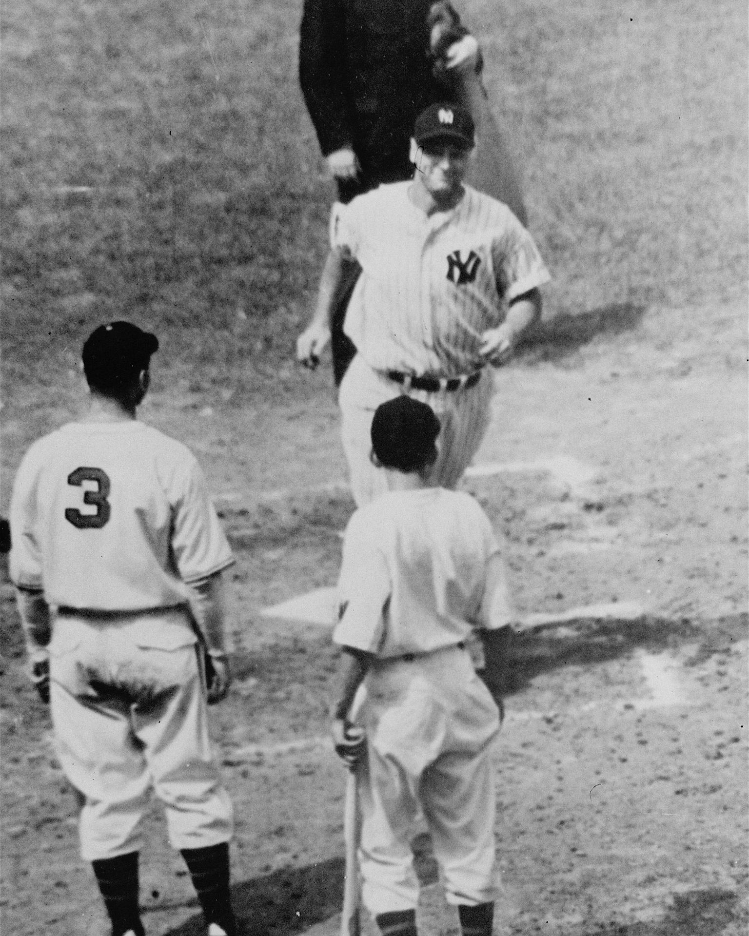 1B: Lou Gehrig
