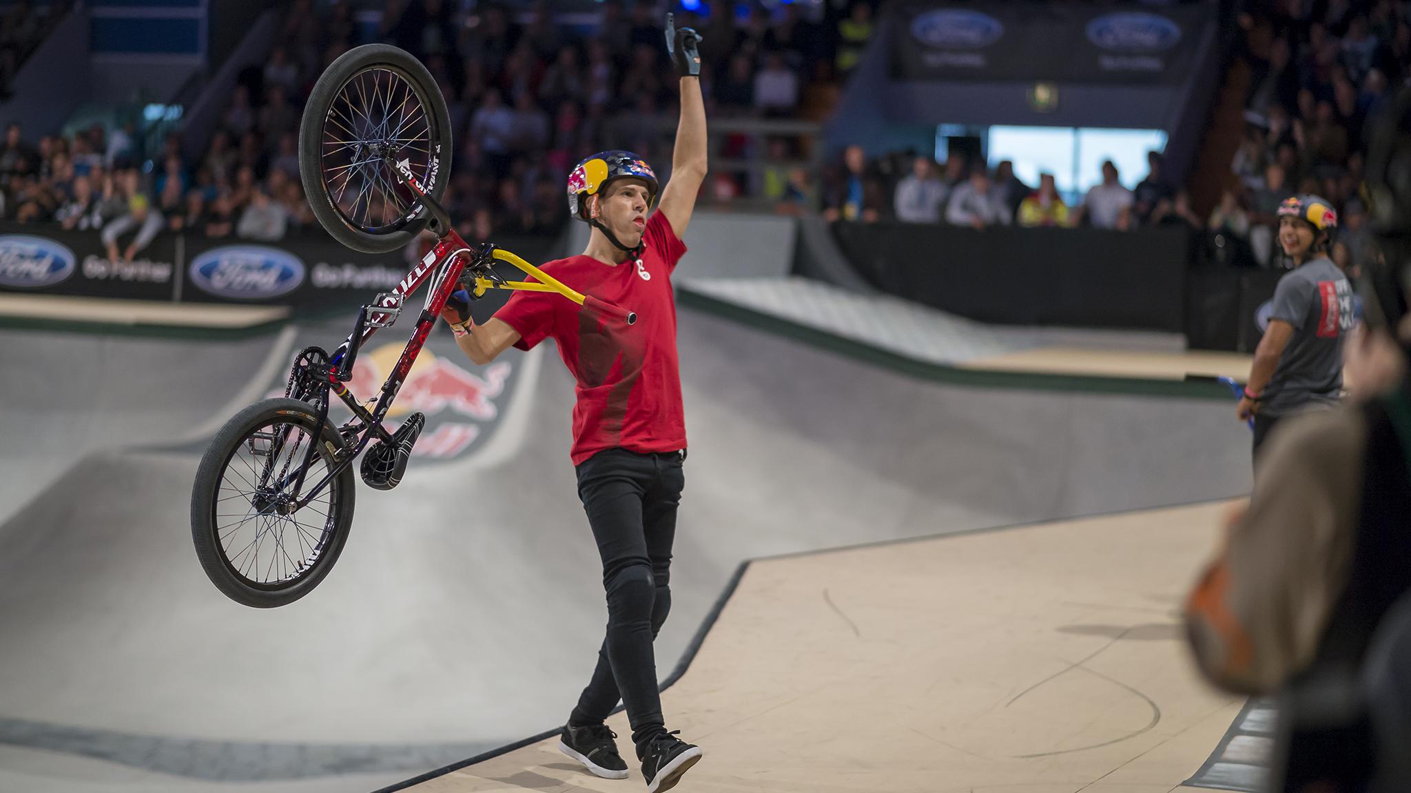 Daniel Dhers wins BMX Park