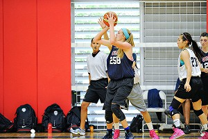 Lauren Cox averaged nearly 12 points for Team USA at the FIBA Americas in June.