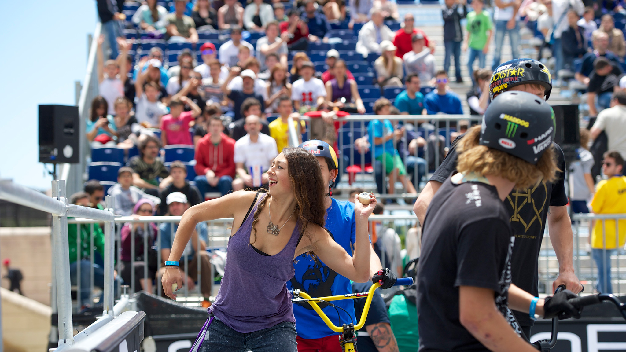 Lizzie Armanto -- Women's Skateboard Park
