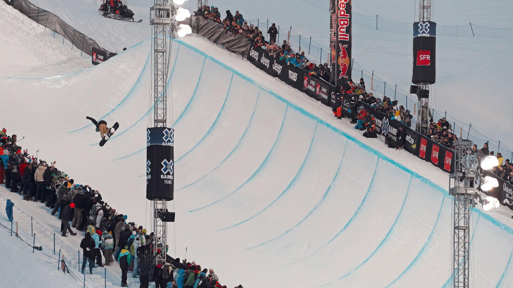 Iouri I-Pod Podladtchikov -- Snowboard SuperPipe
