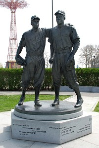 Jackie Robinson and Pee Wee Reese statue