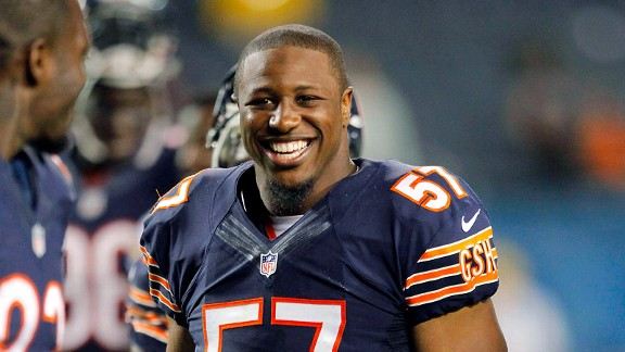 Bears' Jon Bostic makes strong case for starting