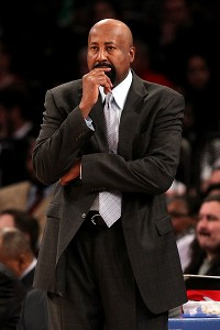 Knicks pick up Woodson option for 2014-15
