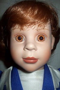 Bahhhhhhhh! Beware of the doll! Anyone else thinking, Redrum, Redrum?!