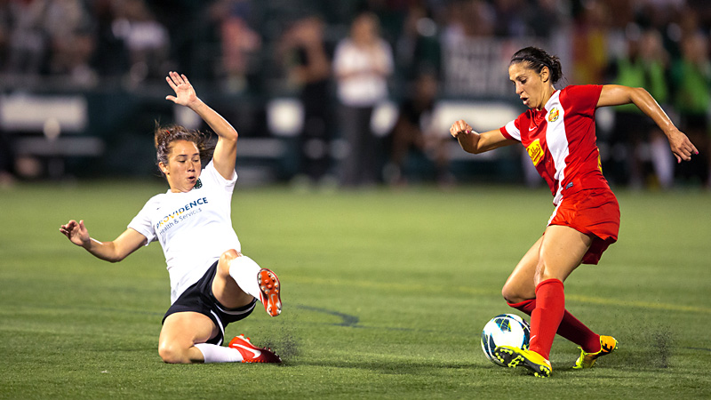 Carli Lloyd, right, scored eight goals in 15 games this season for the Western New York Flash.