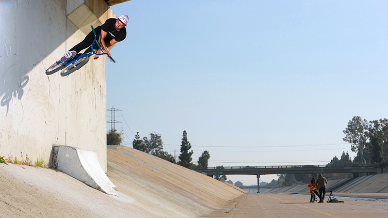 Kevin Porter, wallride to barspin in 2012.