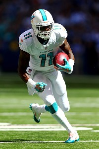 Mike Wallace rebounds in a big way