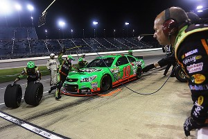 Danica Patrick finished 20th in Sundays rain-delayed race at Chicagoland Speedway.