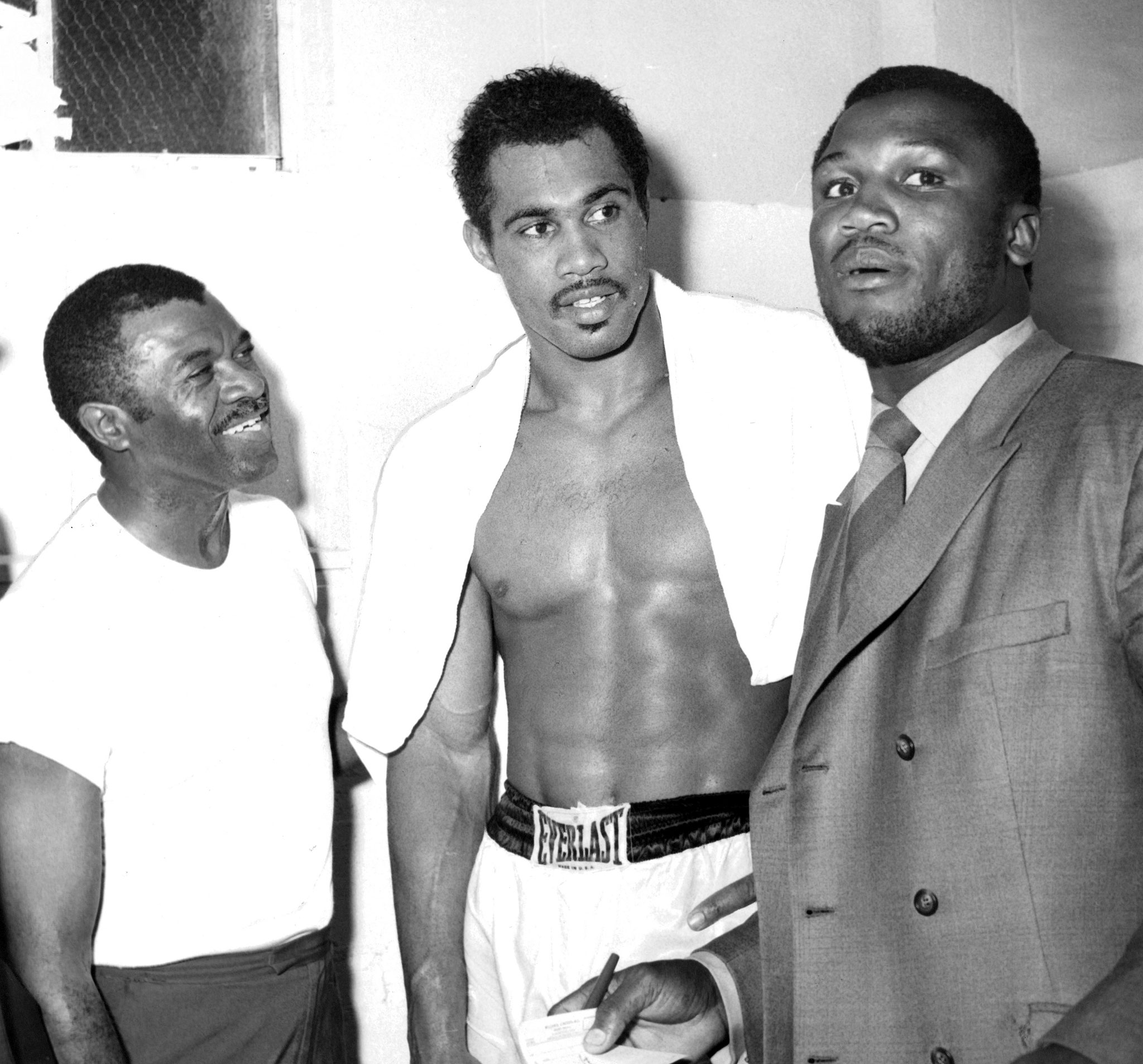 Ringo Bonavena El C eon Sin Corona additionally Mohammad Ali The Greatest together with Quotes About Ali George Foreman besides Muhammad Ali together with 5 Toughest Fighters In History 42342. on oscar bonavena joe frazier