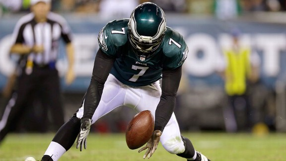 Kelly gets first taste of Vick turnovers