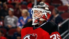Schneider signs multiyear deal with Devils