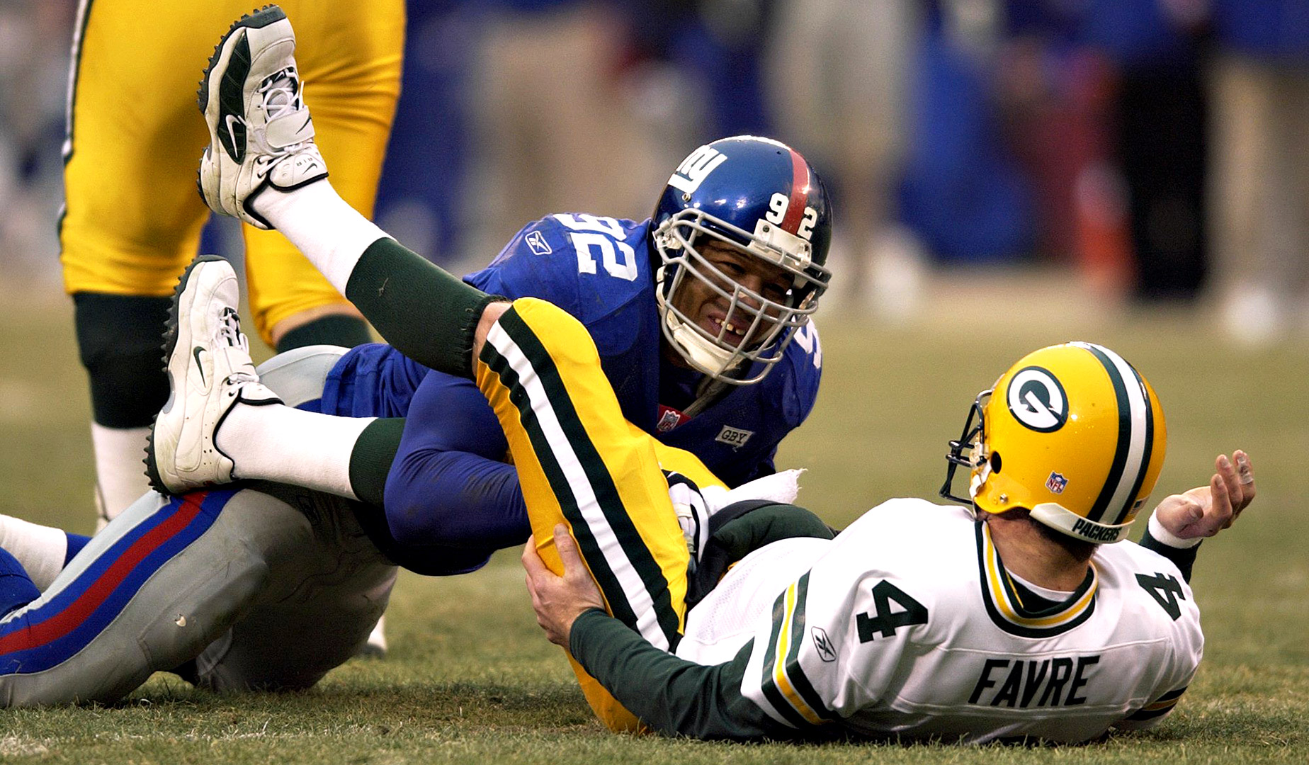 Michael Strahan's record-breaking sack of Brett Favre in 2001 has been called a lot of things, but both Favre and Strahan insist it was legit. Strahan's record of 22.5 sacks in a single season still stands today.