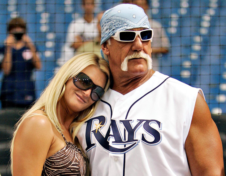 Celebrity Baseball Fans - Us Weekly