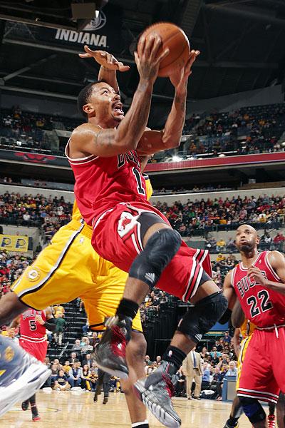 Derrick Rose con los Bulls en su vuelta