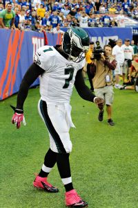 Source: Eagles' Vick likely out against Bucs