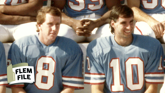 The veteran Archie Manning and a young Oliver Luck were teammates with the 1982-83 Oilers.