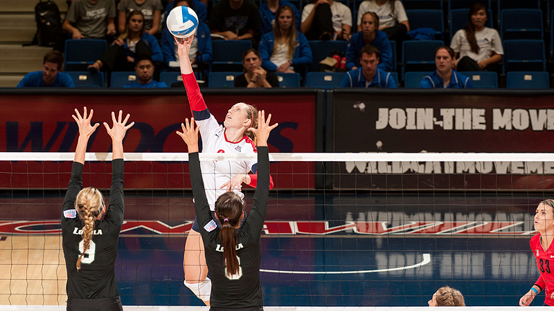 Madi Kingdon had 20 kills and 15 digs to help Arizona defeat Arizona State in a taut five-set match.