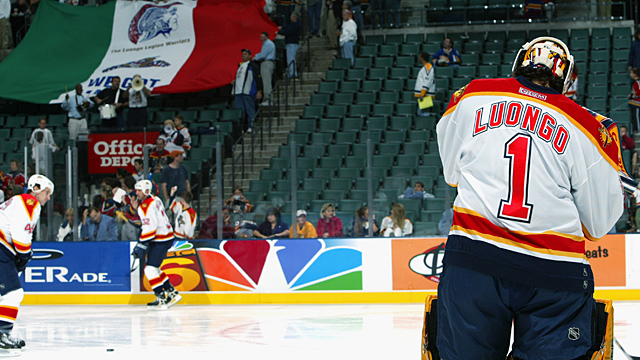 Goaltender Roberto Luongo #1 of the Florida Panthers