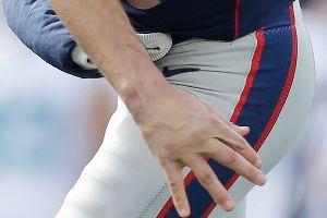 Tom Brady hand