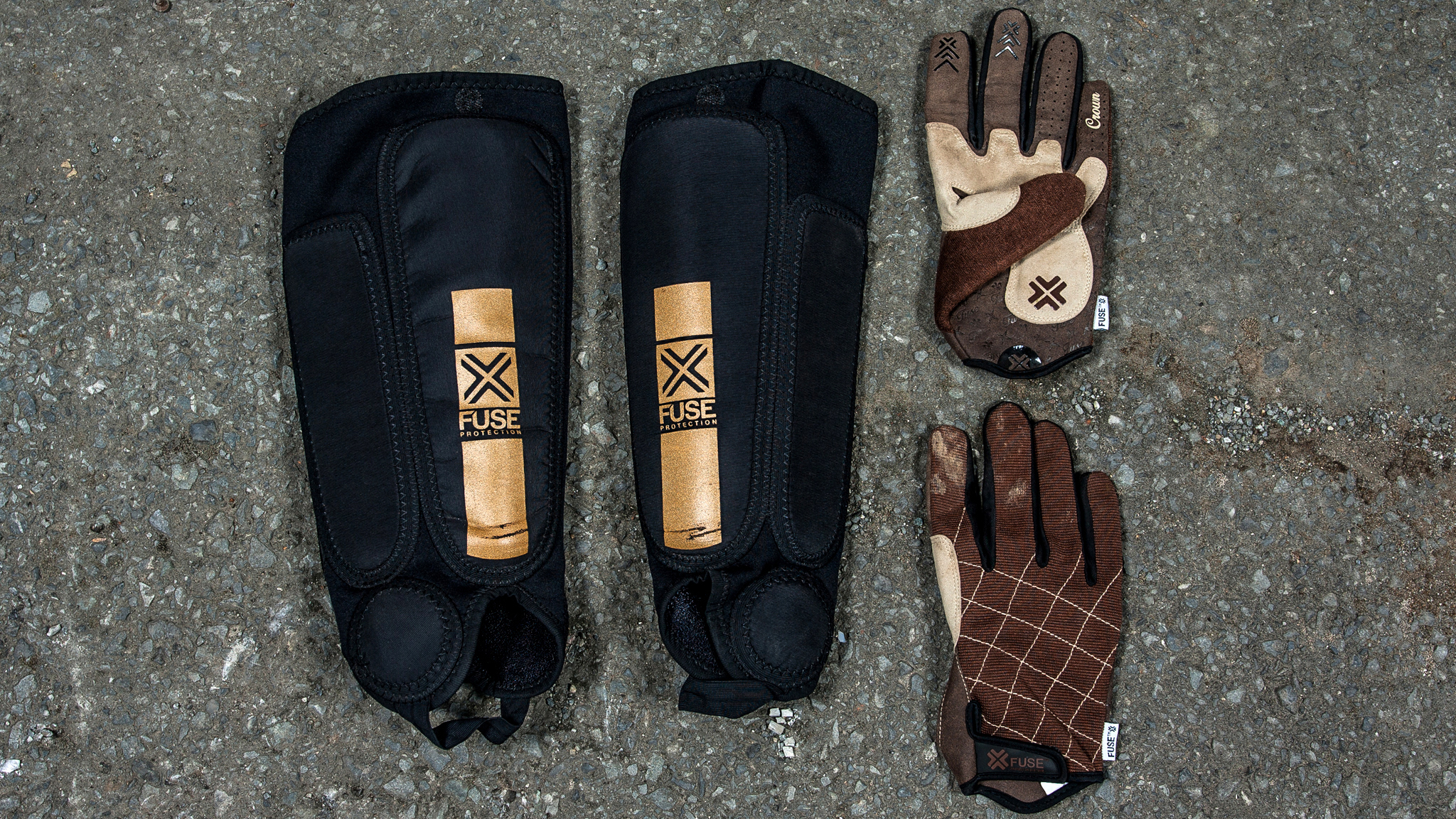 Shin guards and gloves