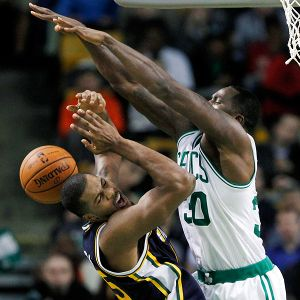 Brandon Bass, Derrick Favors