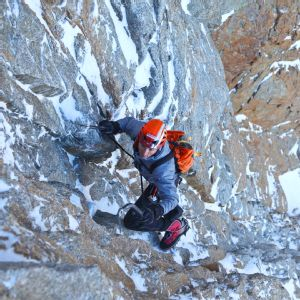 Ueli Steck, one of the greatest climbers in the world, says he would have been killed if not for Melissa Arnot.