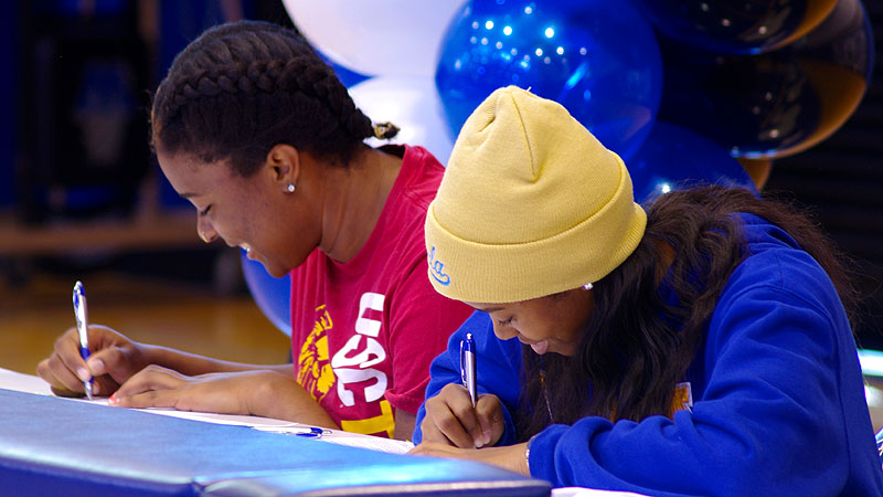 Windward (Los Angeles) teammates Kristen Simon, left, and Jordin Canada signed their national letter of intent on Wednesday. Simon, the No. 47 prospect in the espnW HoopGurlz Top 100, signed with USC. Canada, the No. 6 prospect, signed with UCLA. They are incredibly well-prepared both as students and as athletes, Windward coach Vanessa Nygaard said. College will provide Jordin and Kristen with the opportunity to hone their skills on the court and also to pursue all the other passions for which they have so much interest and potential. I(Photo Courtesy Windward School Communications)/I