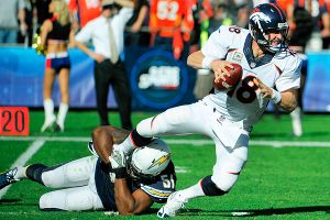 Peyton Manning, Larry English