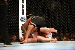 Rashad Evans vs. Chael Sonnen