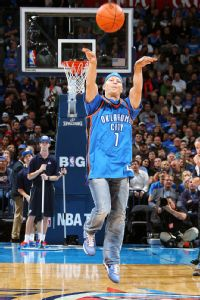 Half-court hero: Another OKC fan wins $20K