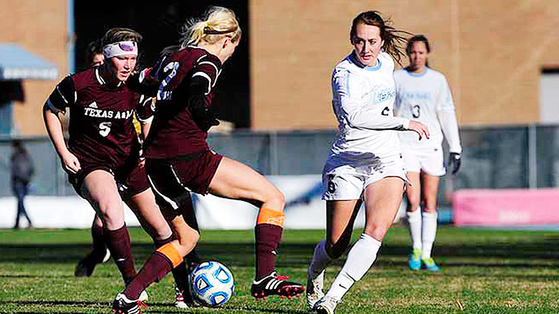 Summer Green scored both goals in North Carolina's third-round victory against Texas A&M.