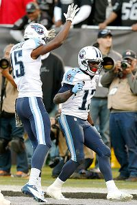Wright, Hunter emerge for Titans in Oakland