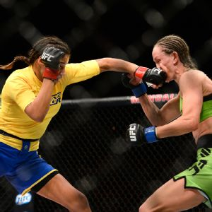Julianna Pena vs. Jessica Rakoczy