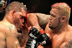 Antonio 'Big Foot' Silva vs. Mark Hunt