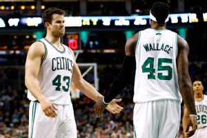 Kris Humphries, Gerald Wallace
