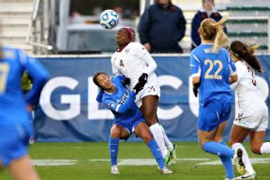 Caprice Dydasco (left) and the UCLA defense were able to shut down Florida State's Jamia Fields (4) and the Seminoles.