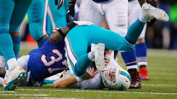 Dolphins fail to seize playoff destiny