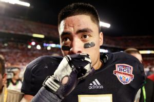 His girfriend's death stirred quite a few folks, but Manti Te'o and others were fooled by a hoax.