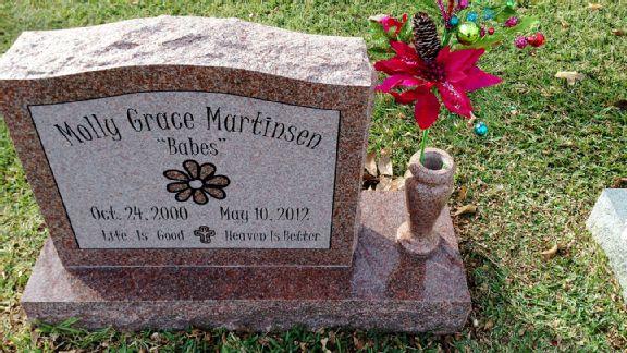 Molly Martinsen's headstone